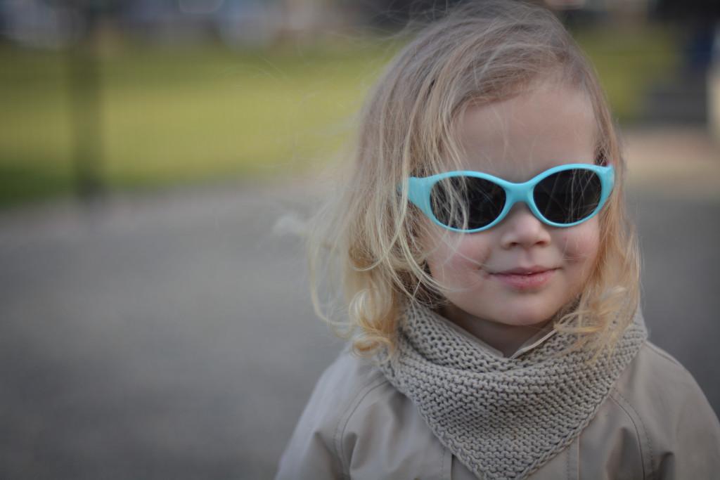 Okulary przeciwsłoneczne dla małych dzieci