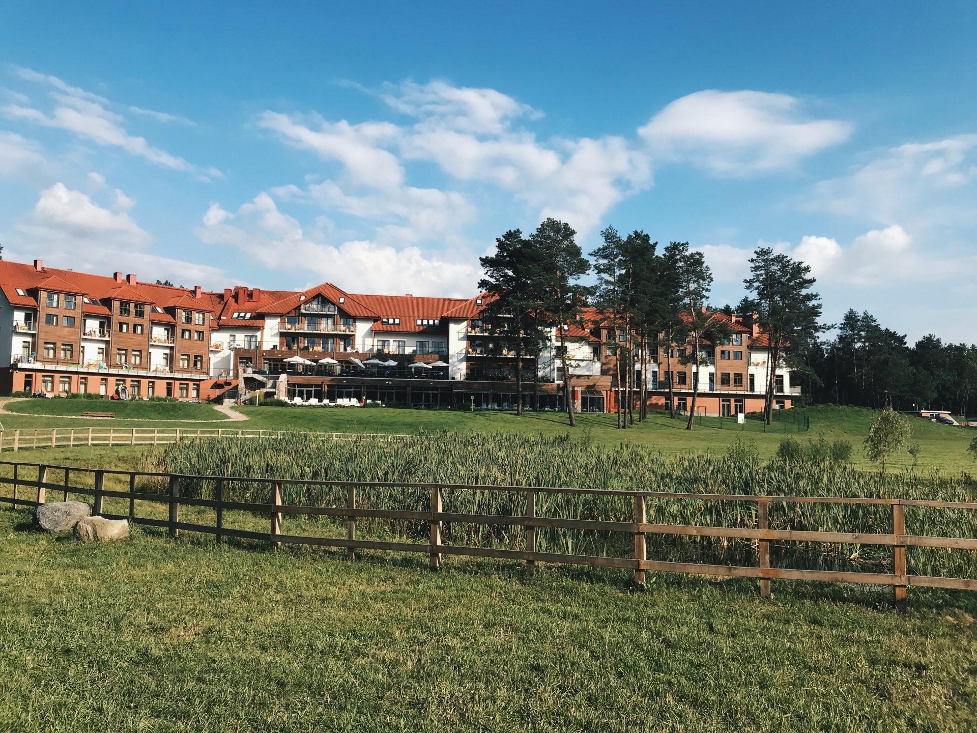 okolice hotelu natura mazur