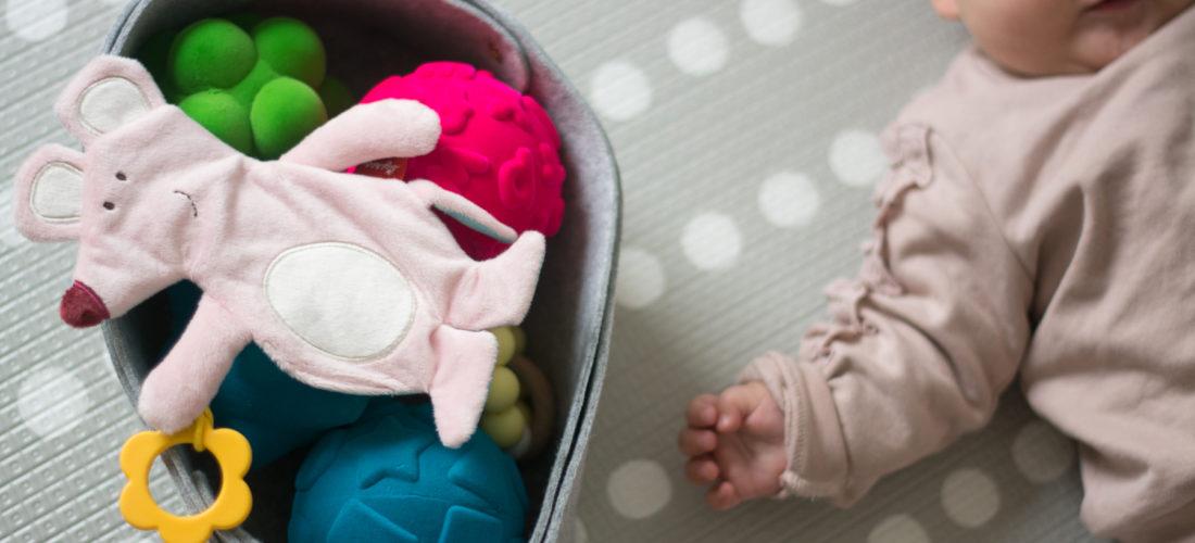 Zabawki sensoryczne – od niemowlaka do starszaka