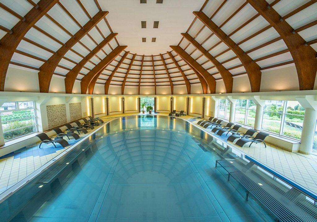 Hotel Stok -atrakcyjne miejsca dla dzieci - basen