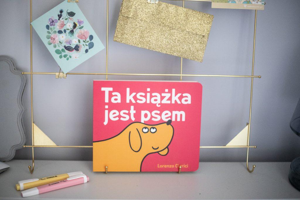 Ta książka jest psem - przód okładki