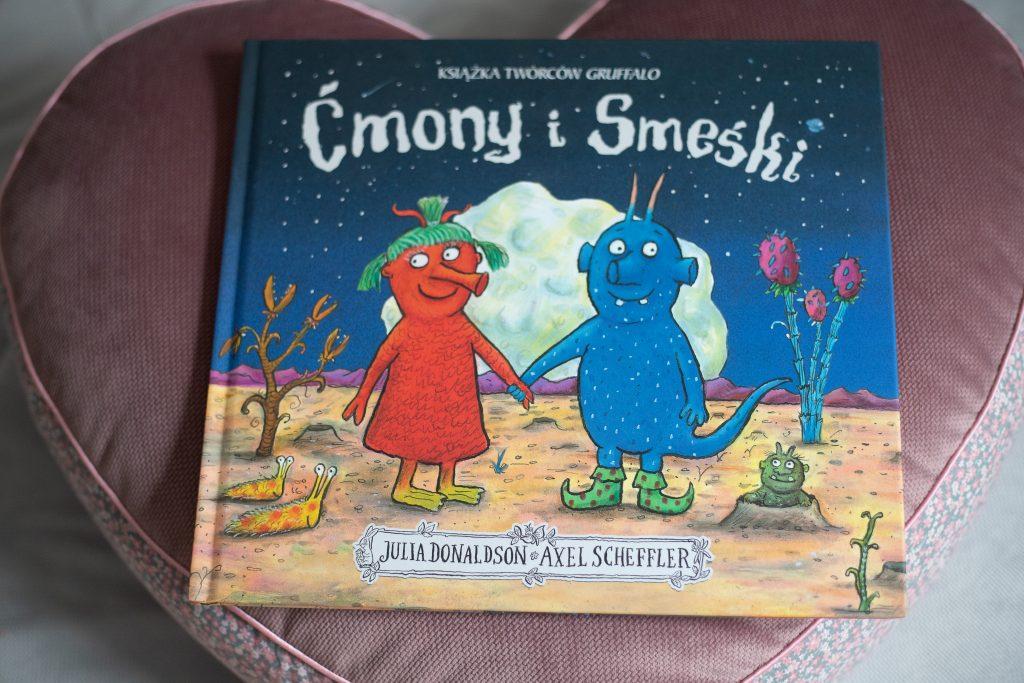okładka książki ćmony i smeśki - Książki dla dzieci o tolerancji