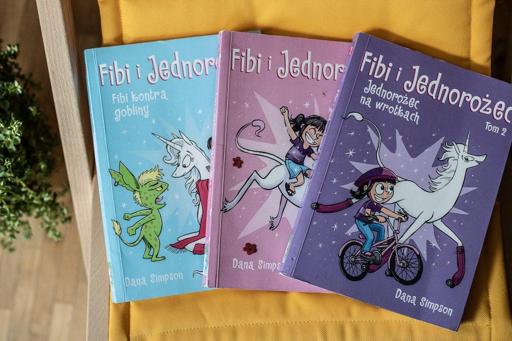 zdjęcie okładki - komiks dla dzieci - fibi i jednorożec