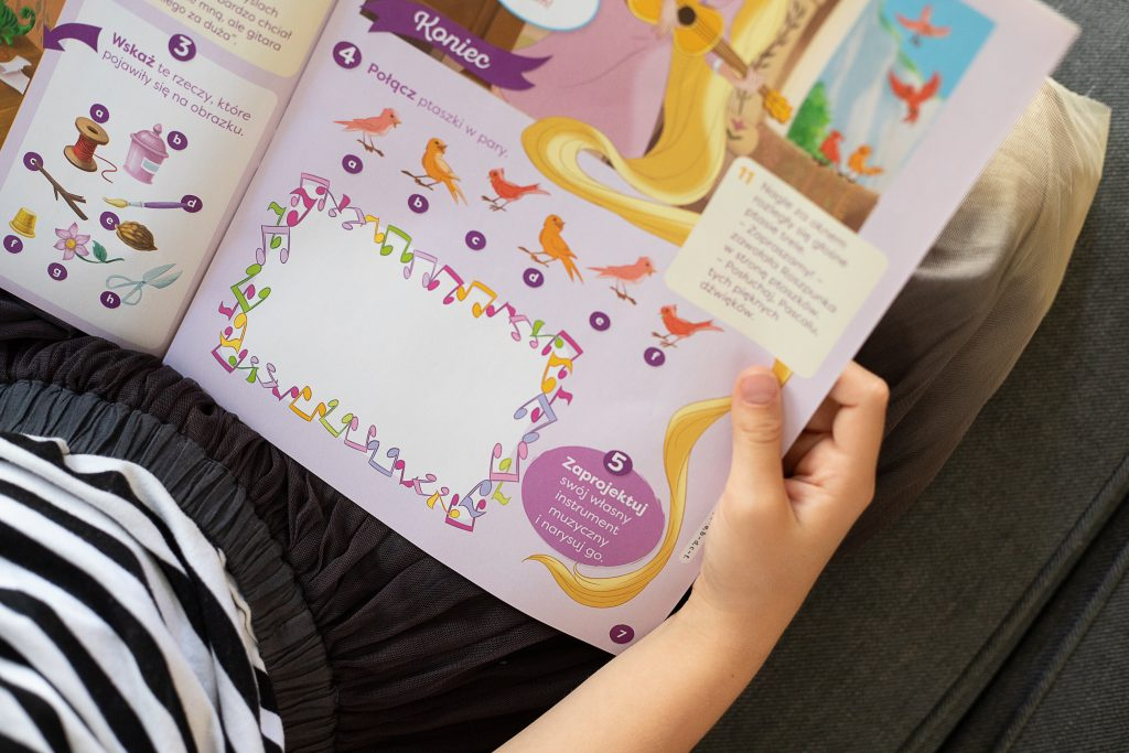 lila czyta tytuł księżniczka