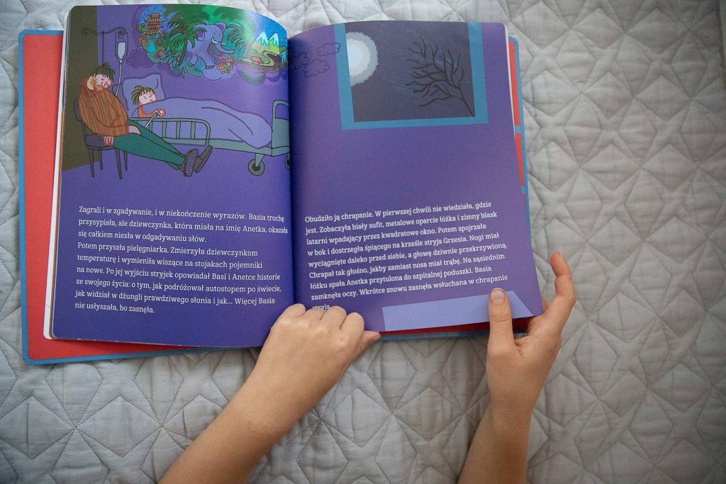 zdjęcie kart książki basia i chorowanie