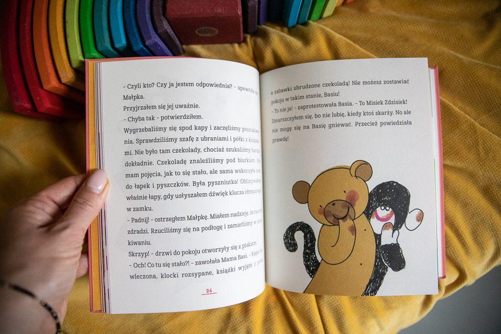 zdjęcie przykładowej ksiązki o Basi
