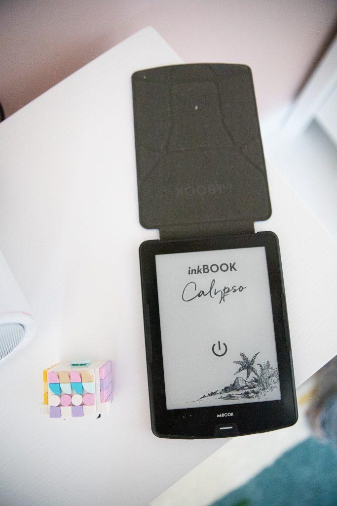 zdjęcie czytnika inkbook Calypso
