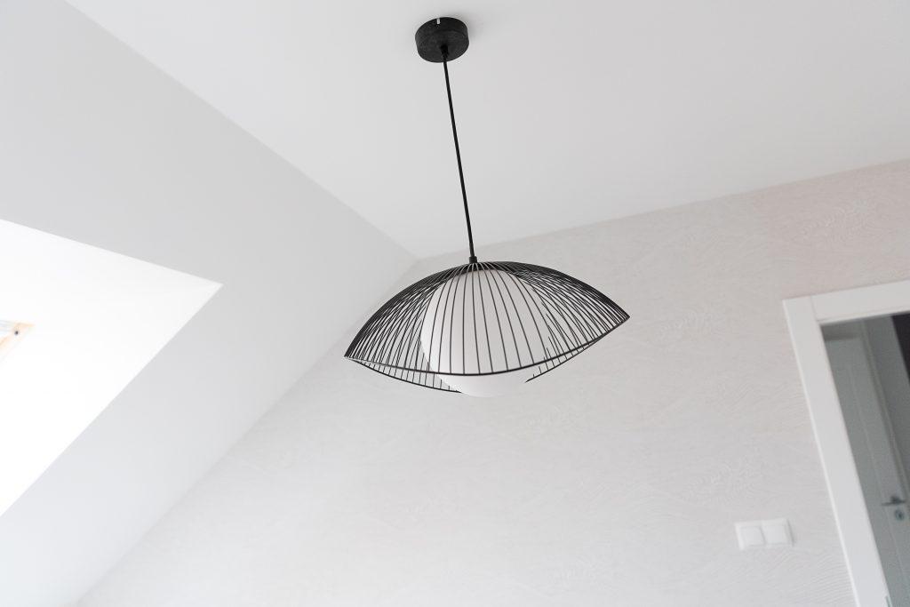 Oświetlenie sypialni - Lampa górna Lindby Fabronia