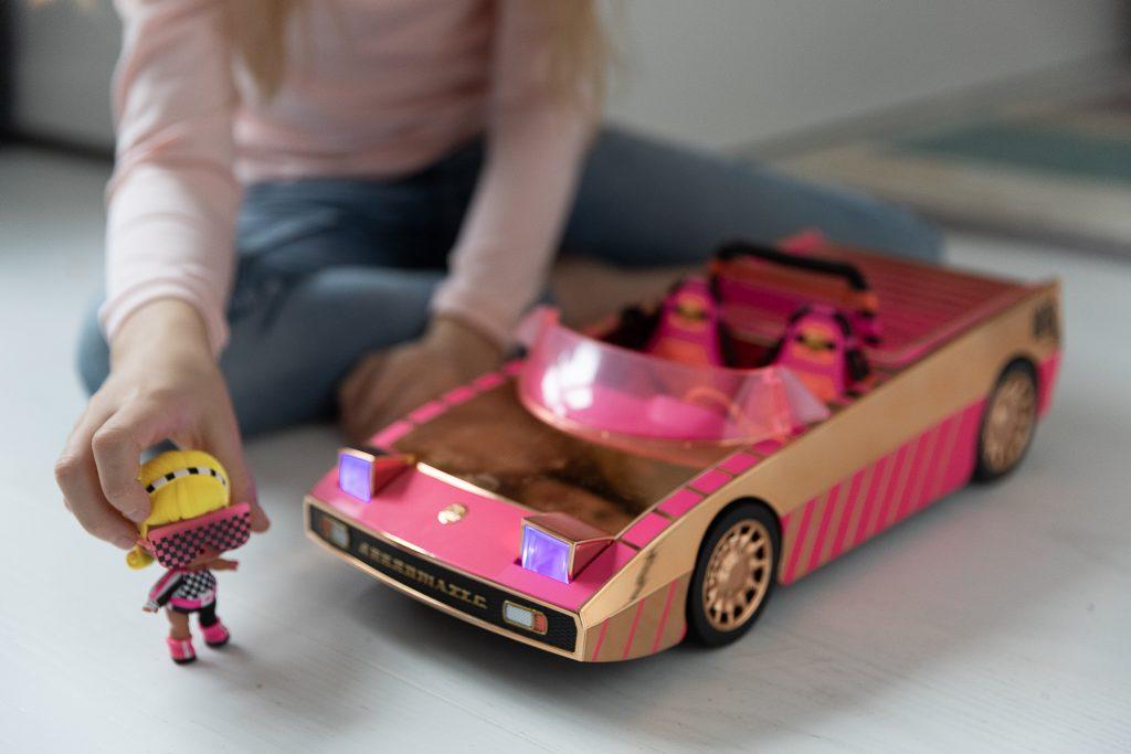 pomysły na prezent na Święta dla dzieci - auto LOL