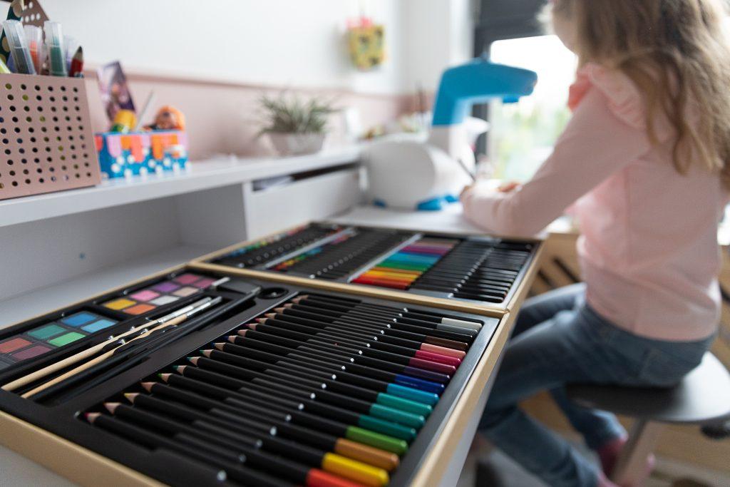 pomysły na prezent na Święta dla dzieci - zestaw artystyczny djeco