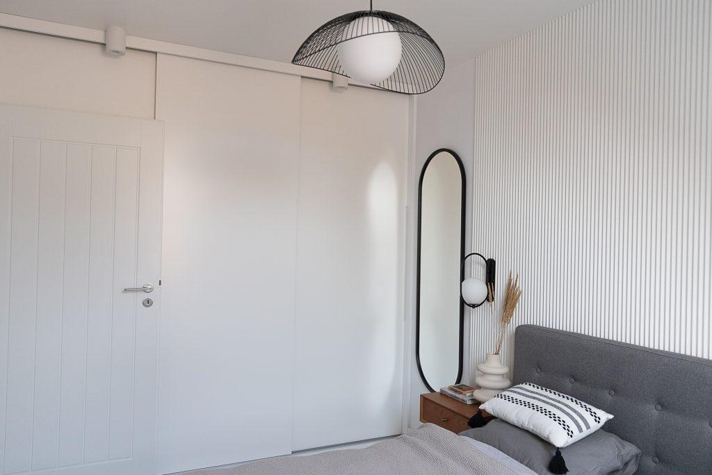 zdjęcie przedstawiające sypialnia na poddaszu